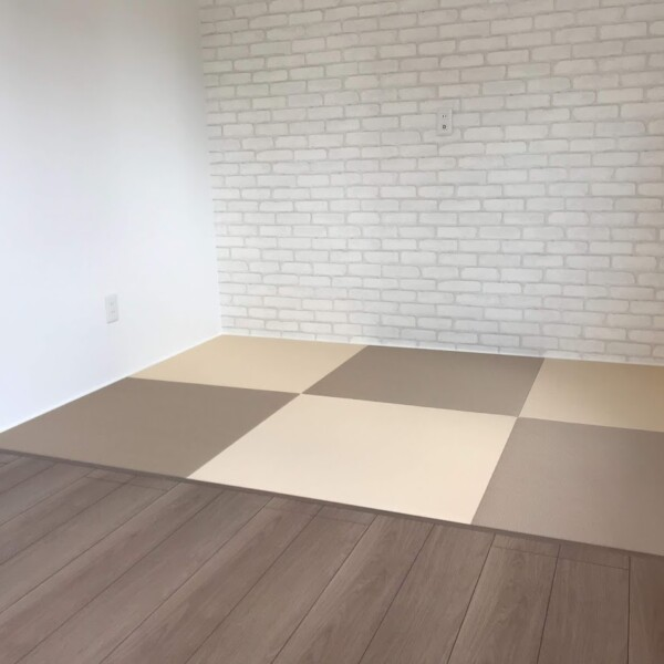 新築へりなし畳